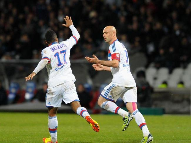 OL-Lorient (3-2) : les Lyonnais reviennent de très loin - Vidéo