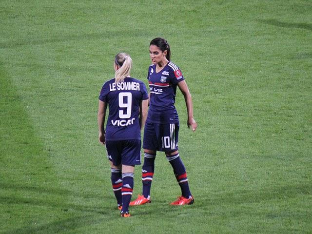 Ligue des Champions : l'OL féminin étrille Twente 6-0