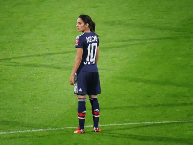 Louisa Necib nommée aux côtés d'Ibrahimovic pour le plus beau but de l'année