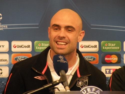 OL : Cris doit-il jouer contre Marseille ?