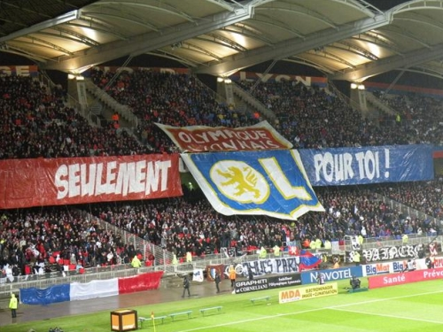 200 supporters lyonnais à Ajaccio