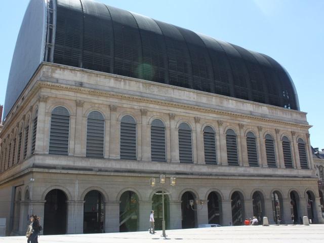Les intermittents investissent pour 48h l'Opéra de Lyon