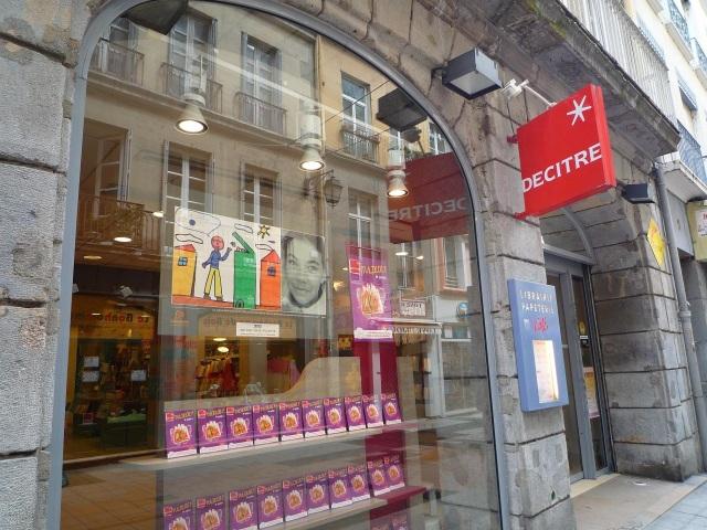 La librairie lyonnaise Decitre va sortir une plate-forme de ventes numériques