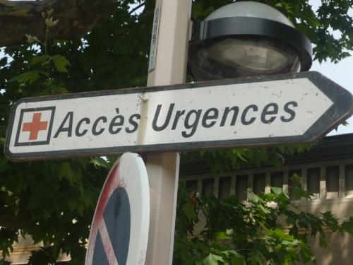 Rhône : il tente de se pendre à un panneau de signalisation