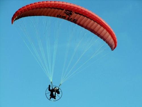 Corbas : un septuagénaire se tue dans un accident de parachute