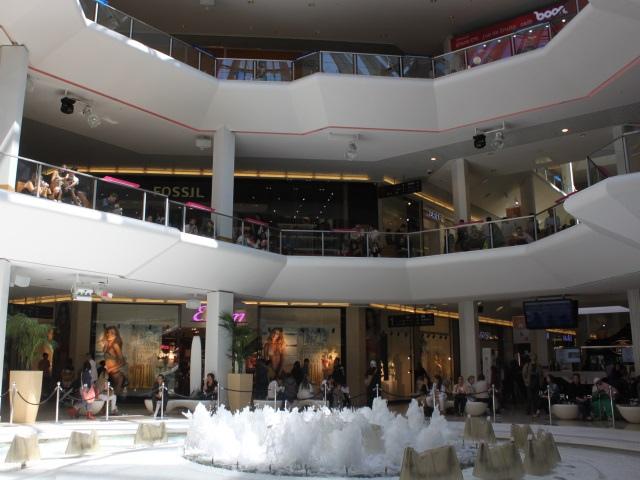 Gilets jaunes : la fréquentation des magasins en baisse le samedi à Lyon
