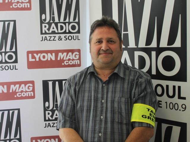 """Pascal Wilder sur la manif des taxis : """"A Lyon, depuis l'arrivée des VTC, certains n'y arrivent plus"""""""