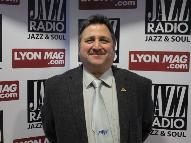 Lyon Mag : les élus de la Métropole augmentent les impôts et leurs indemnités ! Pascal-wilder-cajazz1