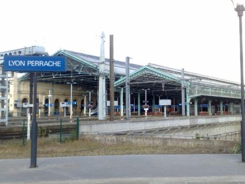 La gare de Lyon- Perrache - LyonMag