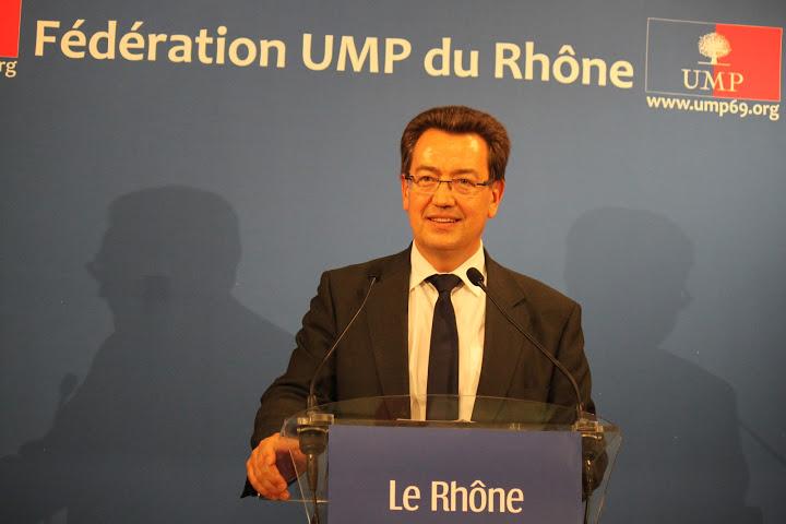 Philippe Cochet à la direction de l'UMP