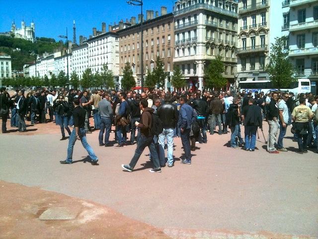 """Policiers en colère à Lyon : """"Nous n'allons pas relâcher la pression"""""""