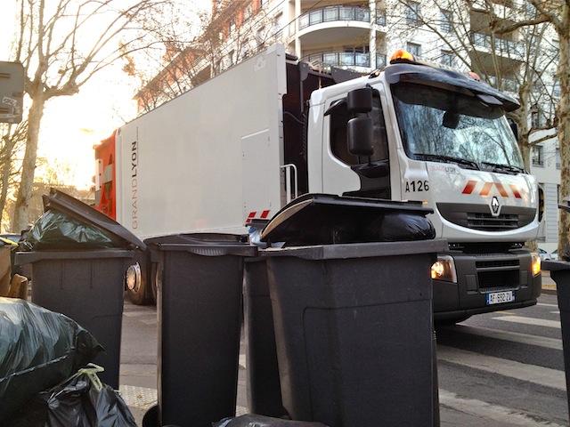 Lyon : trois semaines de déchets débarrassés en huit jours ?