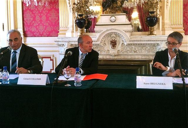 Georges Képénékian, Gérard Collomb et Anne Brugnéra vendredi à l'Hôtel de Ville - Phtot LyonMag