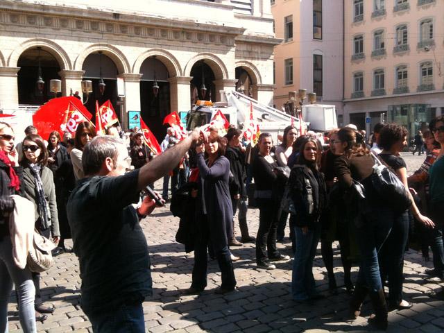 Le Conseil Municipal de Lyon chahuté par les salariés des mairies