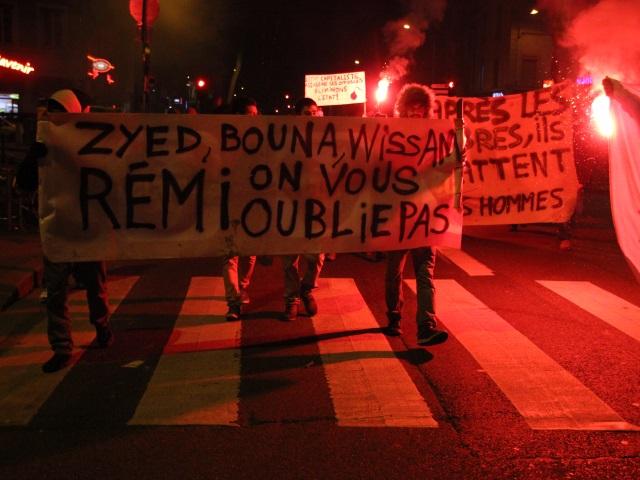 Drame du Tarn : une centaine de personnes ont manifesté à Lyon