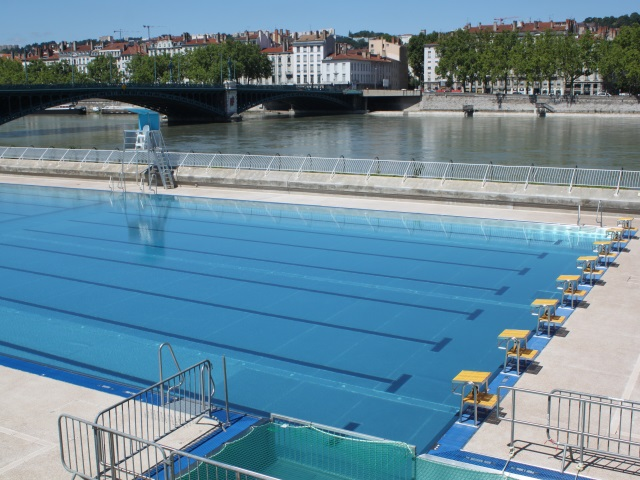 Lyon la piscine du rh ne ouvrira ce jeudi matin photos for Piscine rhone lyon