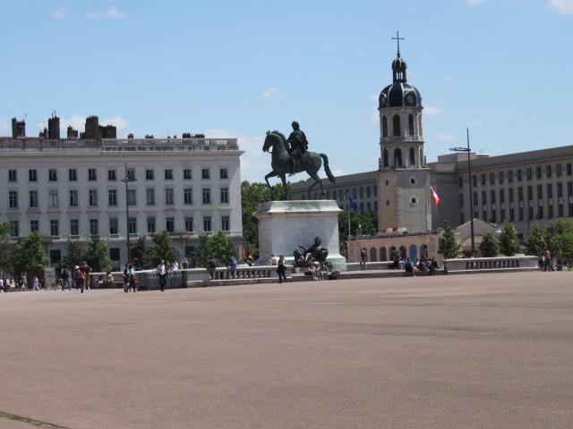 Pour l'INSEE, Lyon est moins tournée vers l'international que Genève