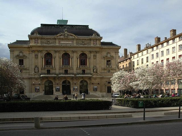 Lyon : les intermittents bloquent toujours les Célestins
