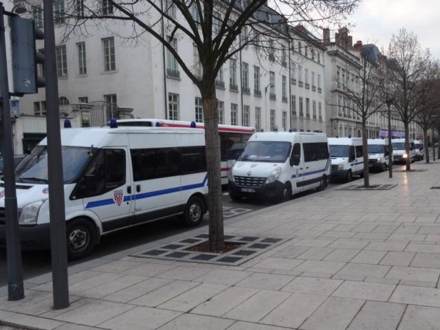 Les manifestations de nouveau interdites à Lyon ce week-end