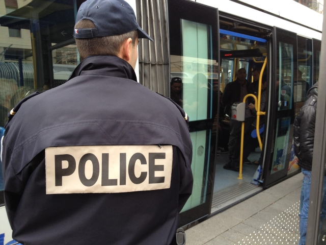 Renforcement de la police dans les TCL à Vaulx-en Velin