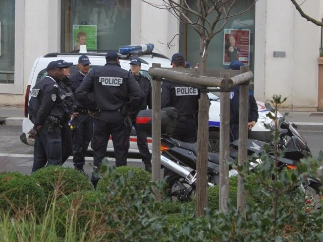 Vaulx-en-Velin : deux mineurs arrêtés pour des tirs de mortiers sur des policiers