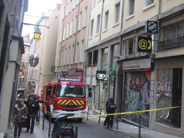 Lyon : un feu de poubelles d'origine criminelle fait plusieurs blessés légers