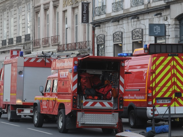 Un ouvrier bloqué dans une cheminée à Lyon