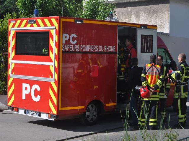 Un motard dans un état grave après un accident de la route à Lyon