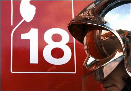 Rhône : un mort dans une collision entre un camion de pompiers et une voiture