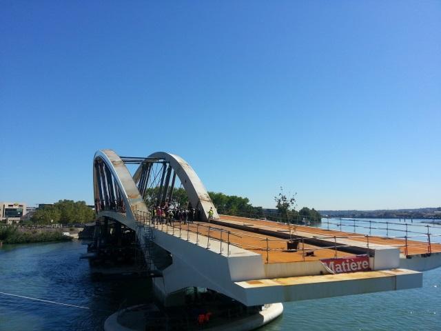 La dernière parcelle du pont Raymond-Barre installée en fin de semaine