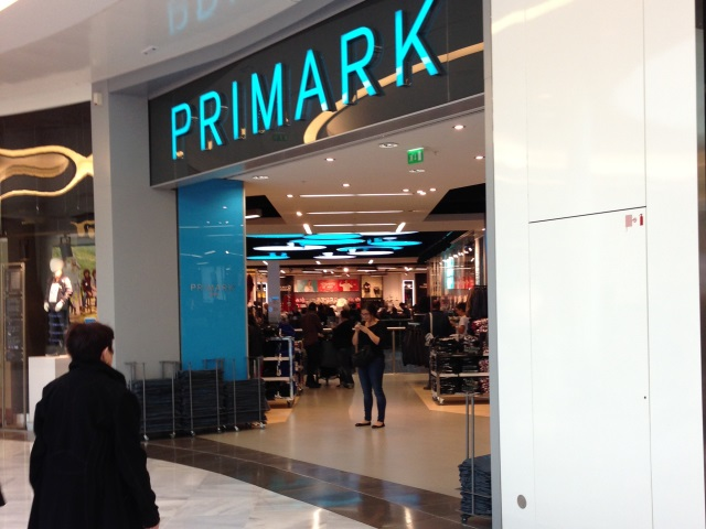 lyon le magasin primark de la part dieu ouvrira ses portes le 23 octobre. Black Bedroom Furniture Sets. Home Design Ideas