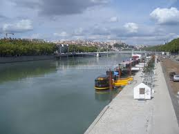 Lyon : un cadavre repêché dans le Rhône