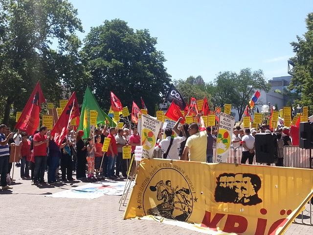 500 manifestants contre la venue du Premier ministre turc à Lyon