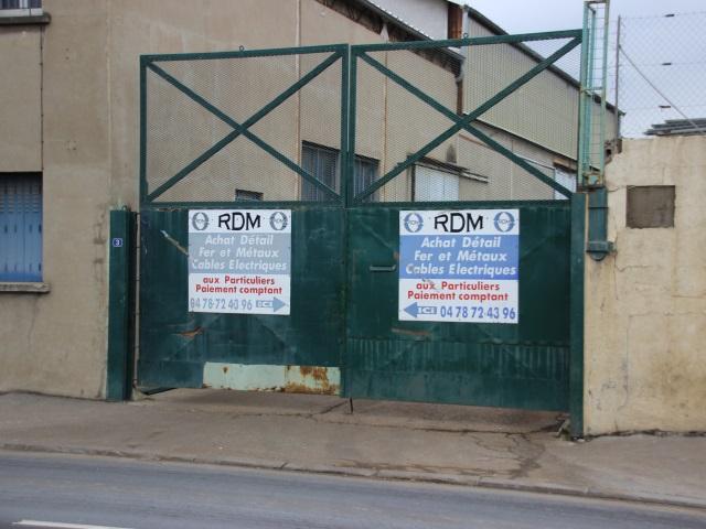Blanchiment de métaux volés à Lyon : 22 personnes mises en examen