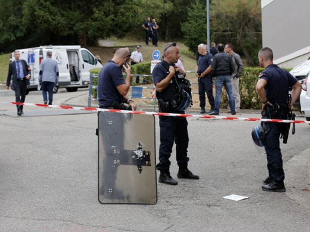 Sainte-Foy-lès-Lyon : l'homme blessé par un tir de policier est décédé