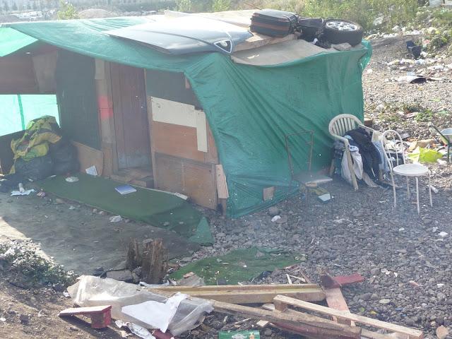 Un campement de Roms évacué près de Lyon au lendemain du drame du 8e