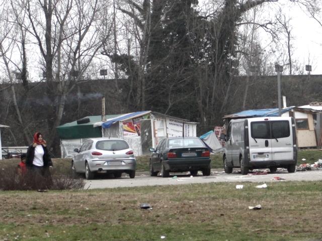 Saint-Fons : des policiers pris à partie dans un camp de Roms