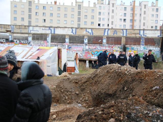 Lyon : le camp de Roms du 7e arrondissement démantelé