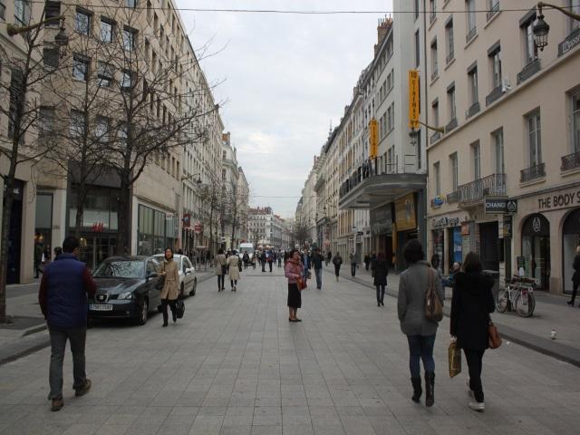 CANOL : un habitant de Lyon va coûter 4 642 euros en 2015 aux collectivités