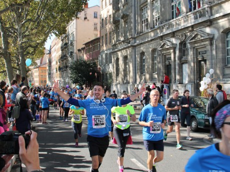 Le Run in Lyon 2015 avait rassemblé 28 000 concurrents - Lyonmag.com