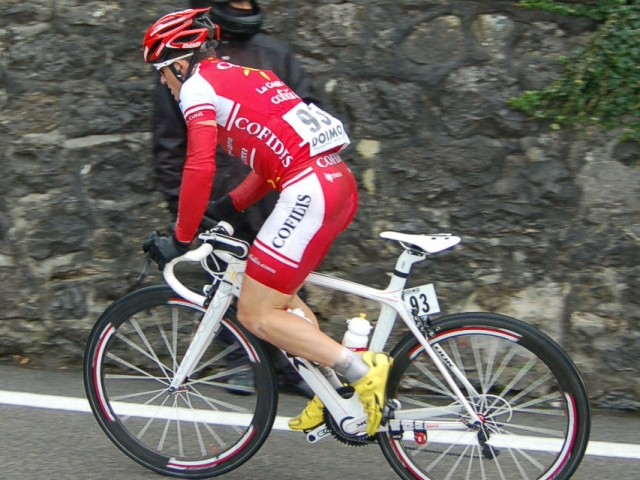 """Le Tour de France du lyonnais Sam Dumoulin: l'affaire Di Grégorio, """"des moments difficiles"""""""