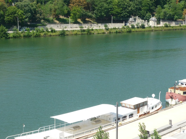 Un nouveau bateau pour la brigade fluviale de Lyon