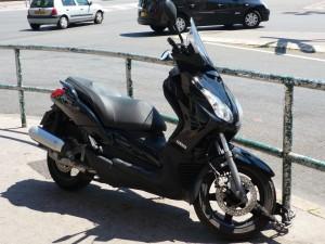 Lyon 9e : ils jettent un scooter sur la police