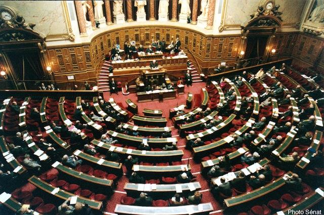 Basculement du Sénat à gauche : les réactions de Queyranne et Collomb