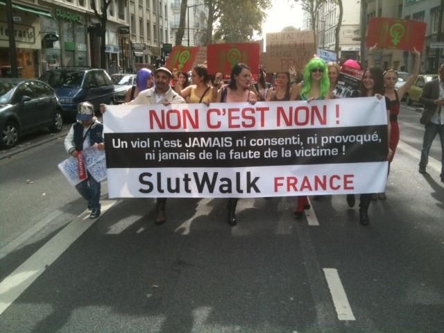 """La """"marche des Salopes"""" débarque à Lyon"""