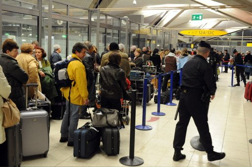 Les contrôles d'identité renforcés à l'aéroport St Exupéry