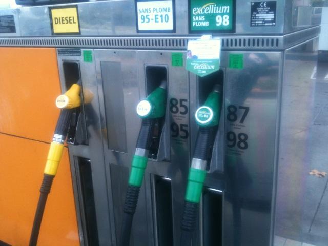 Une taxe sur les carburants pour financer le Lyon-Turin ?