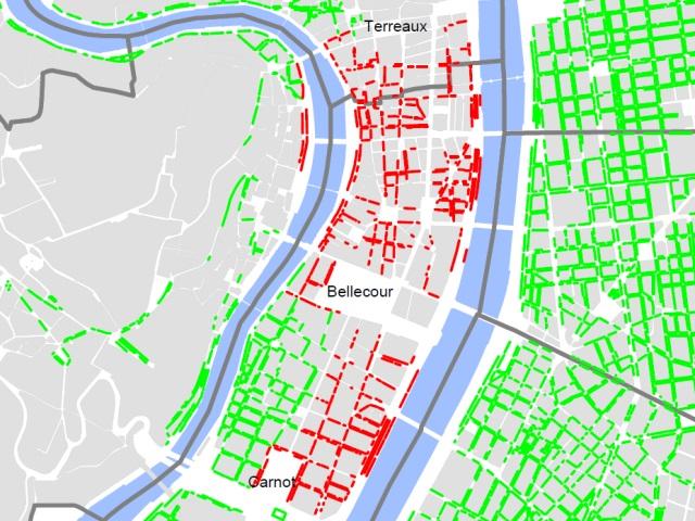 En rouge, les axes où le stationnement restera payant en août - DR Ville de Lyon