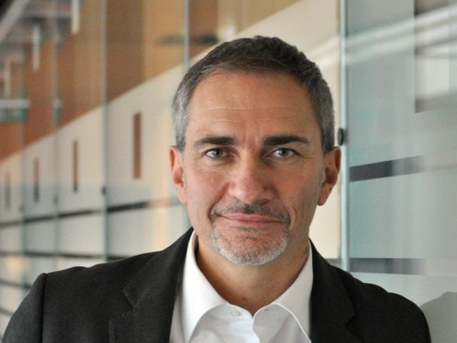APRIL : Stéphane Theocharis nommé directeur de l'Université