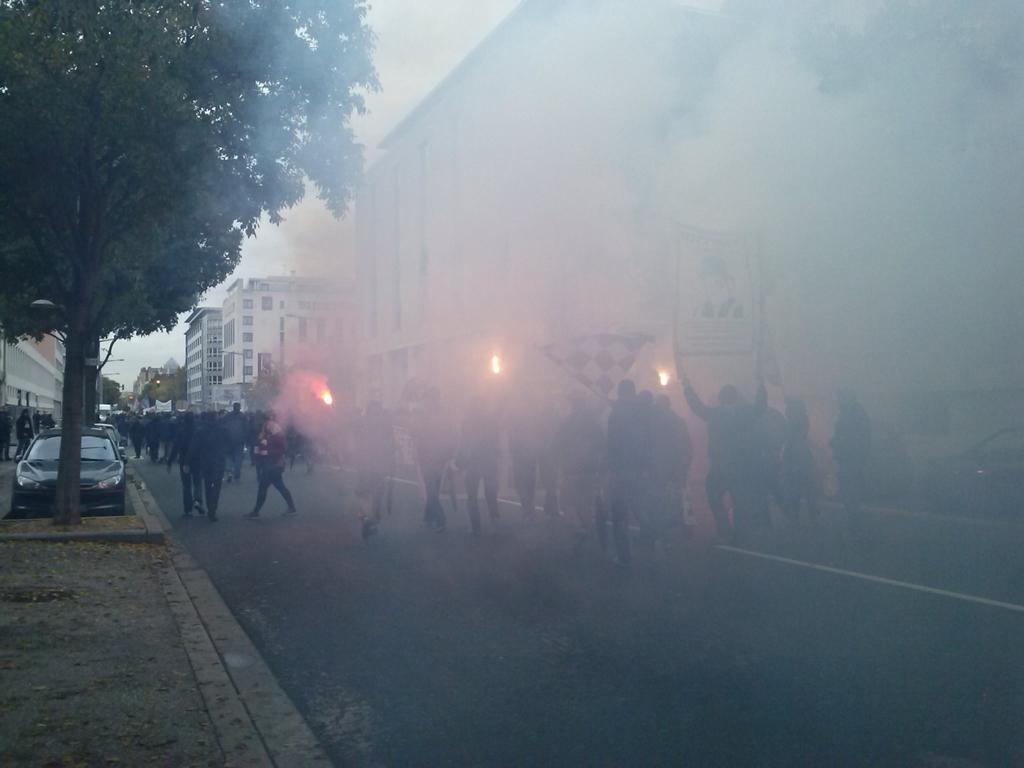 Les supporters manifestent avenue Jean-Jaurès - LyonMag